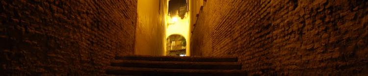 ruta por triana visita guiada callejon de la inquisicion
